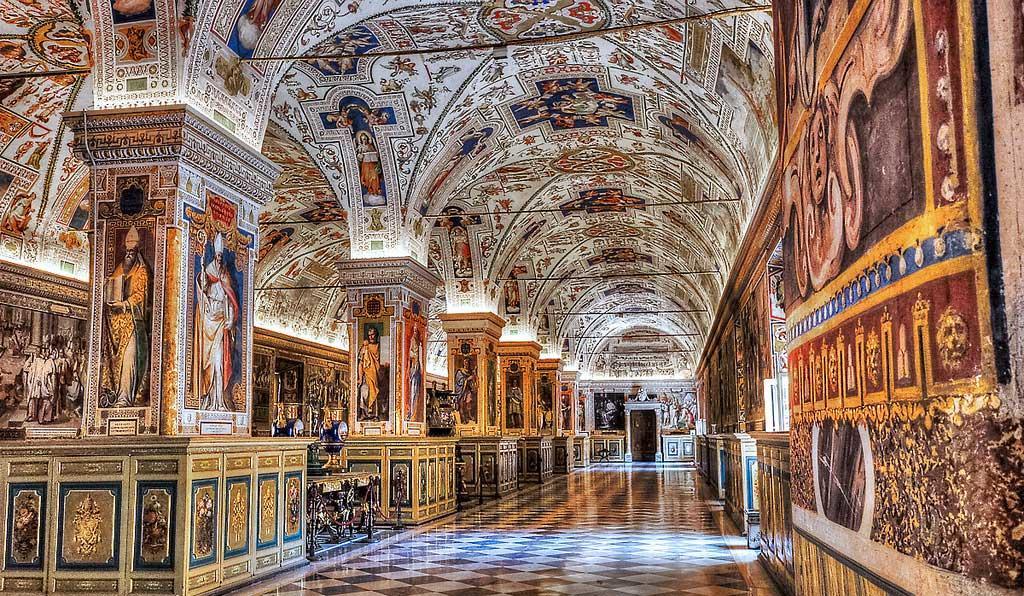 musei-vaticani-interno-1.jpg